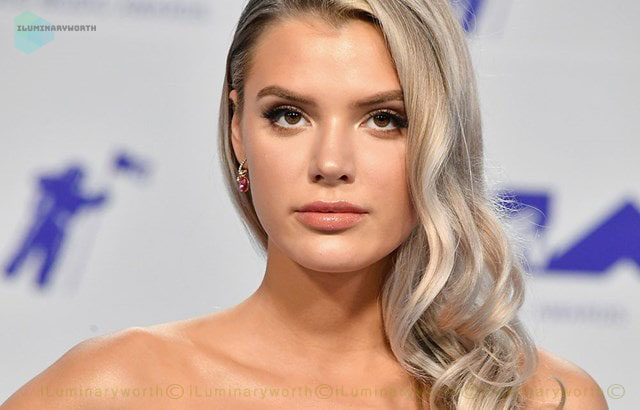 Know About American YouTuber and Instagram Star Alissa Violet