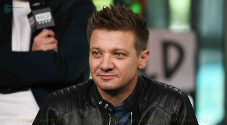 Know About Actor Jeremy Renner Net Worth and Relationship Affairs
