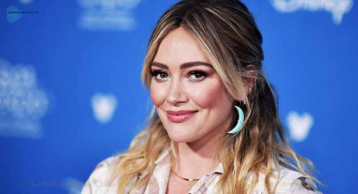 Know About American Actress and Singer Hilary Duff Net Worth