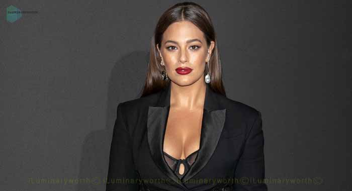 Ashley Graham Net Worth – Know About Her Weight Gain by Pregnancy