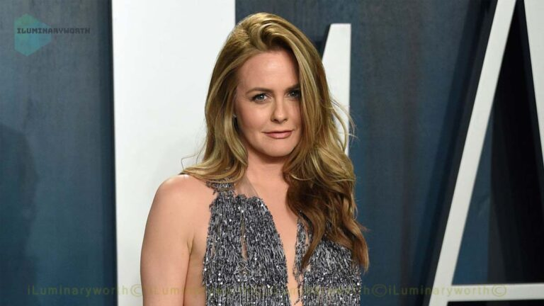 Actress Alicia Silverstone Net Worth – Earnings From Films & Television Series