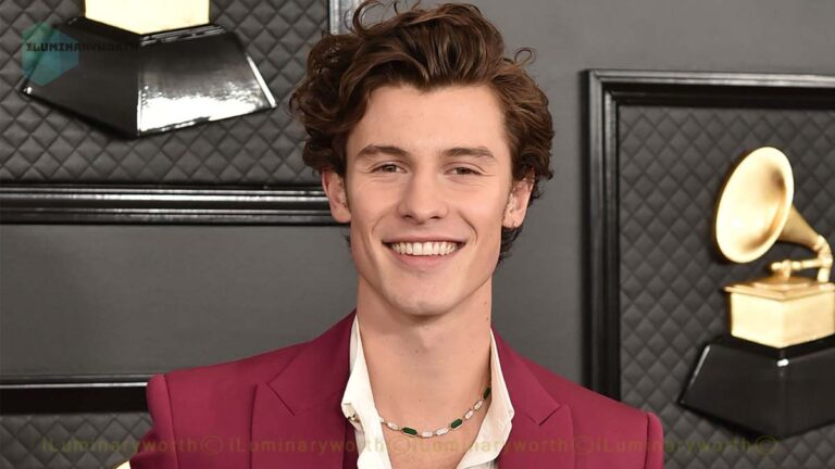 Pop Star Shawn Mendes Net Worth 2021 – Earnings From Music Albums and Modeling Profession