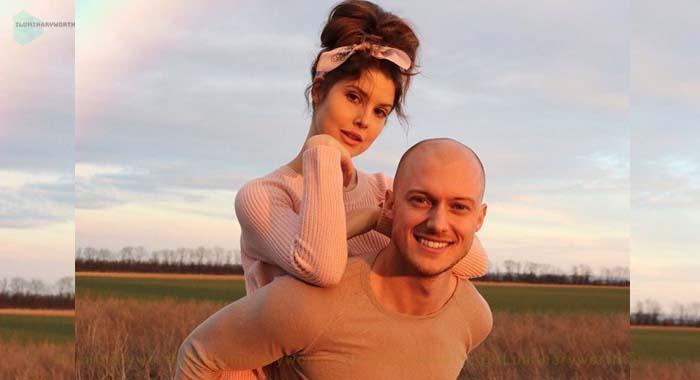 Amanda Cerny boyfriend Johannes Bartl